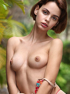 Lilit Ariel in Extra Hot