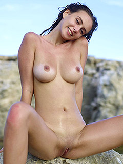 Alisa Amore in Ibiza Shore