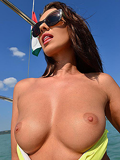 Vicky Love in Sailing Makes Her Wet