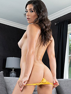 Brooklyn Gray in High Heels and Toy