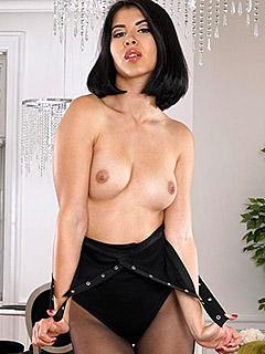 Lady Dee in Black Pantyhose