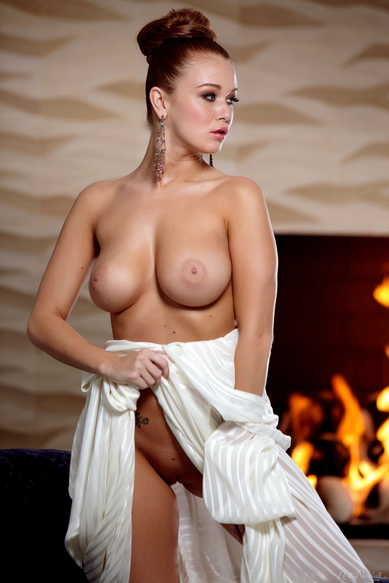 girl on fire nude