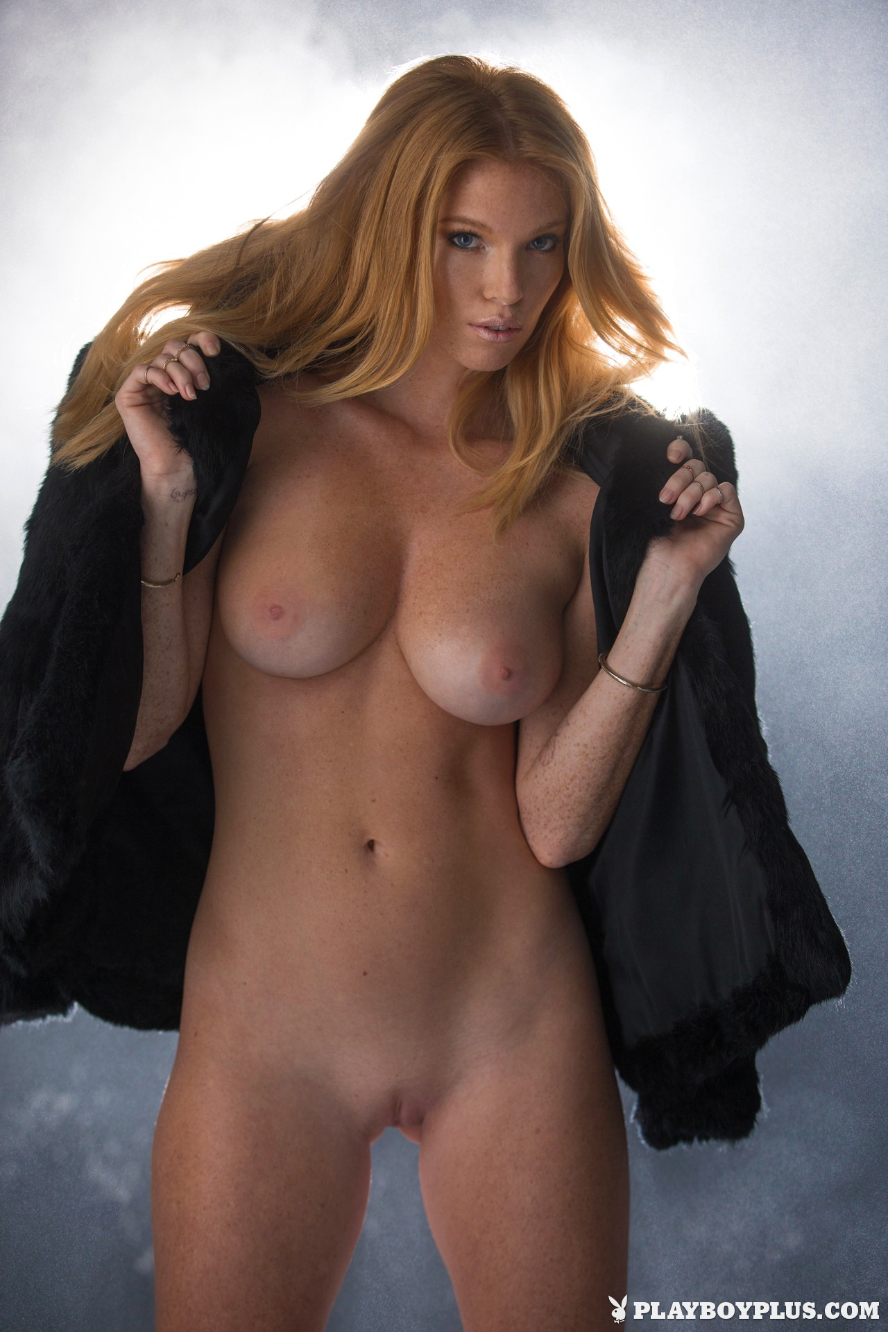 Are Eliza beth sex pussy nude opinion