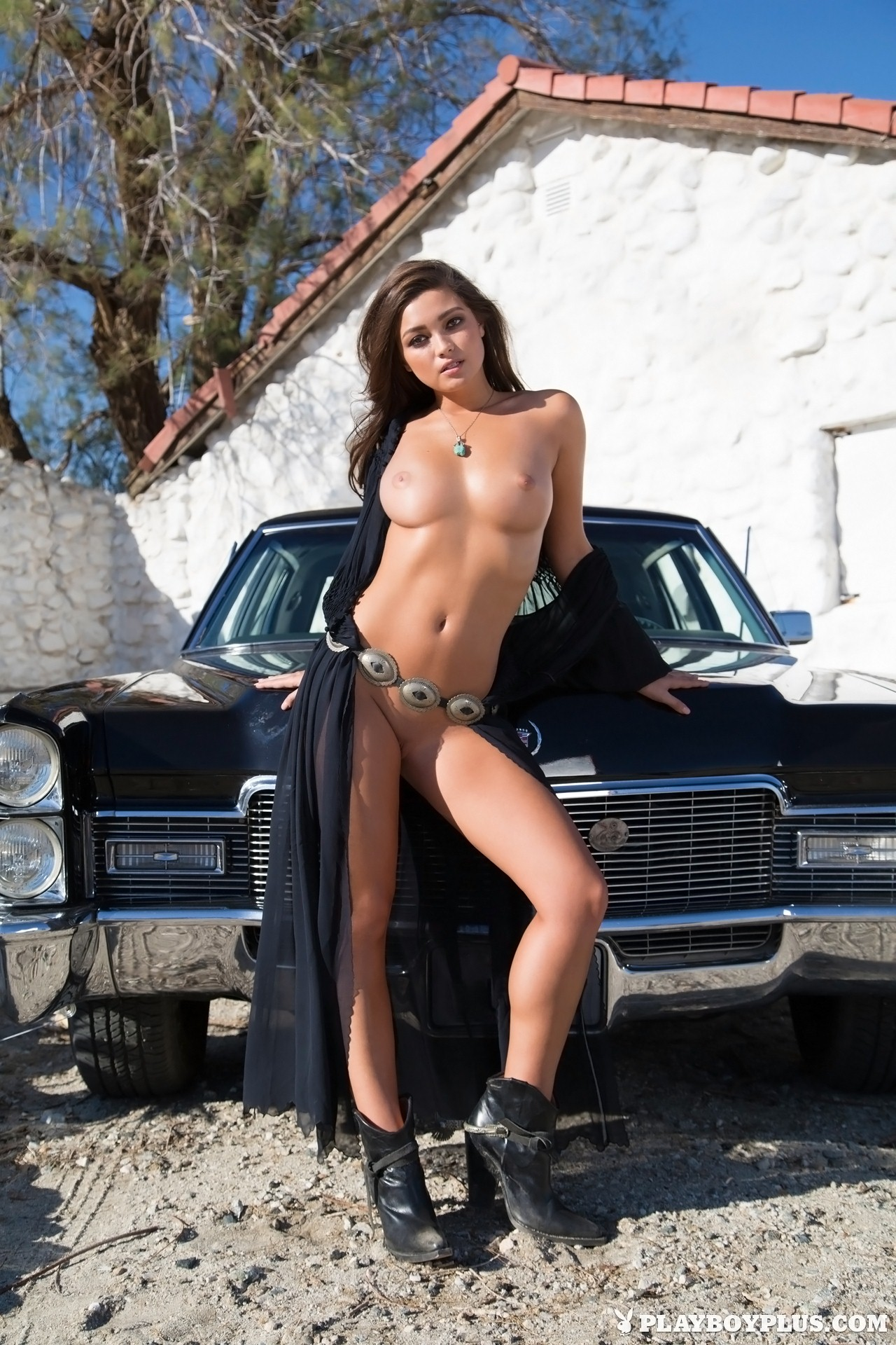 Sexy women naked liking vigina
