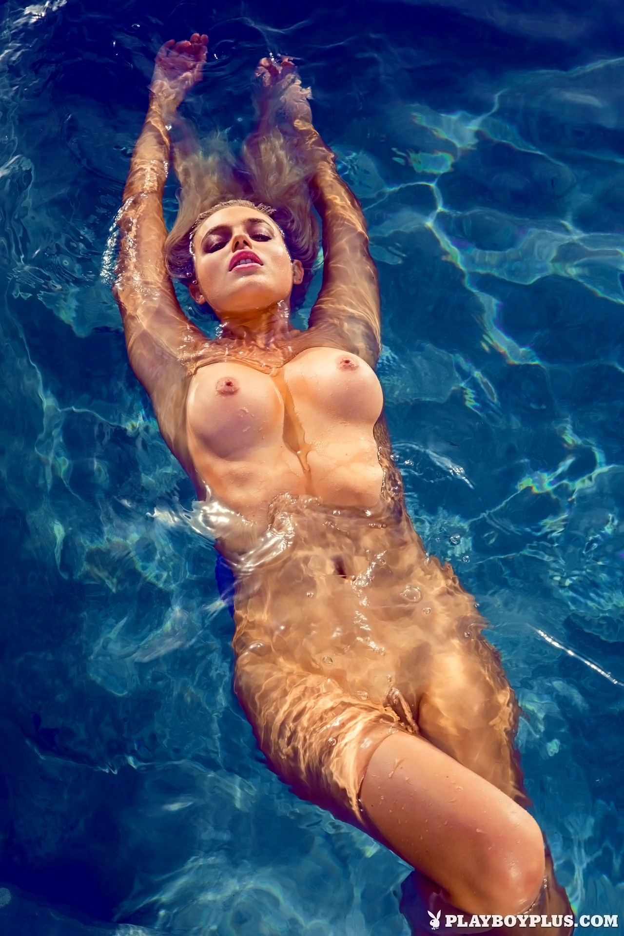 Know Monica bluess nude galleries this brilliant