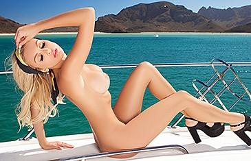 Party nude girls bikini