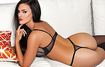 Ashleigh Hannah in Come And Get It