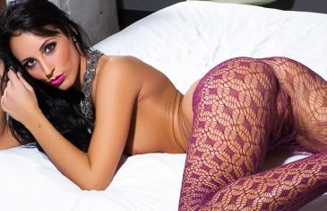 Kendra Cantara in Stocking Fantasy