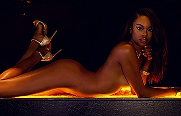 Eugena Washington nude in Oasis